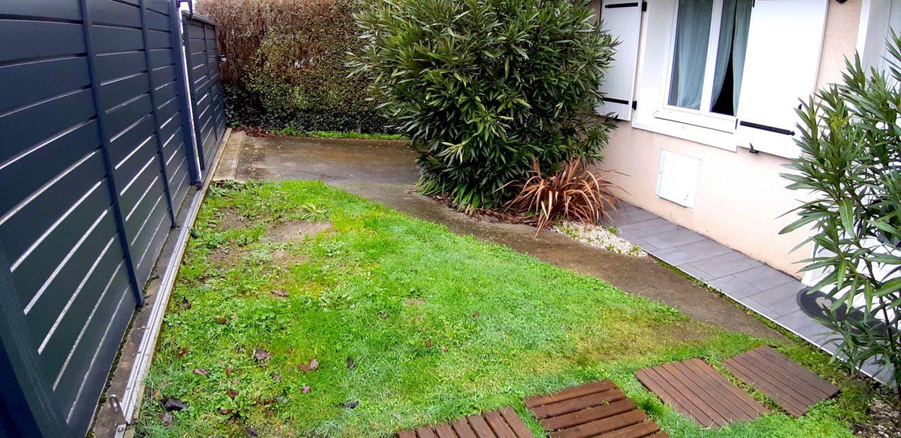 Aménagement jardin extérieur avant réalisation Vert Morisson